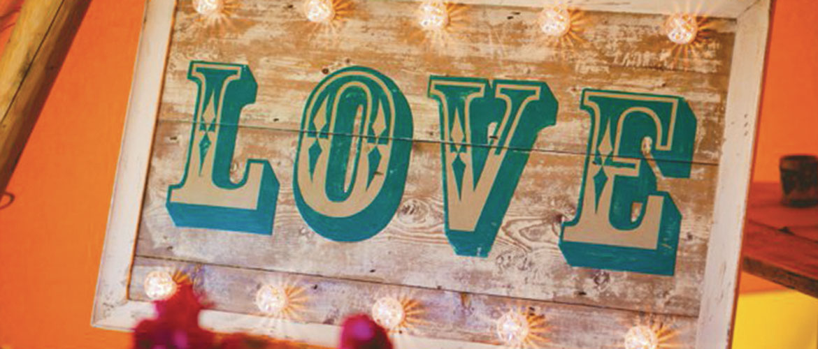 Hire vintage wedding signs in Suffolk