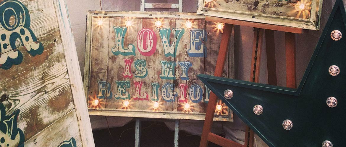 Fairground wedding sign hire